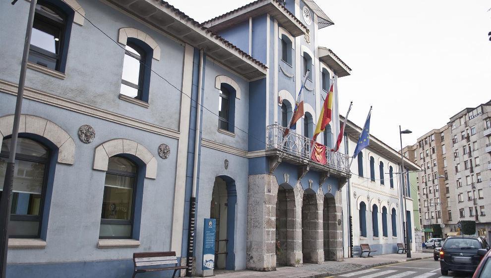 El Ayuntamiento termina de perfilar el nuevo pliego de limpieza de edificios públicos