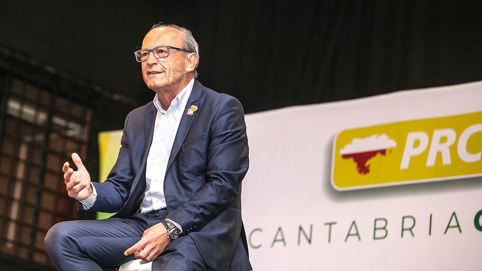 Marcano será consejero de Industria en sustitución de Martín, que presidirá el Puerto de Santander