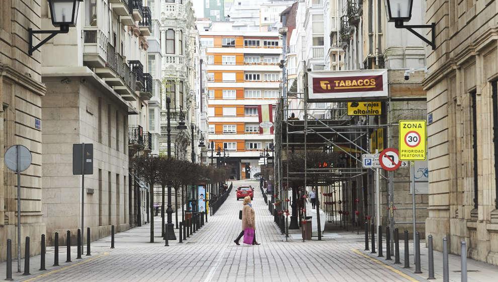 """Podemos pide el confinamientoante el """"avance imparable"""" de la tercera olaen Cantabria"""