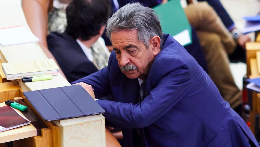"""Revilla dice que Hormaechea fue un político con """"luces y sombras"""" que tuvo """"grandes ideas para Cantabria"""""""