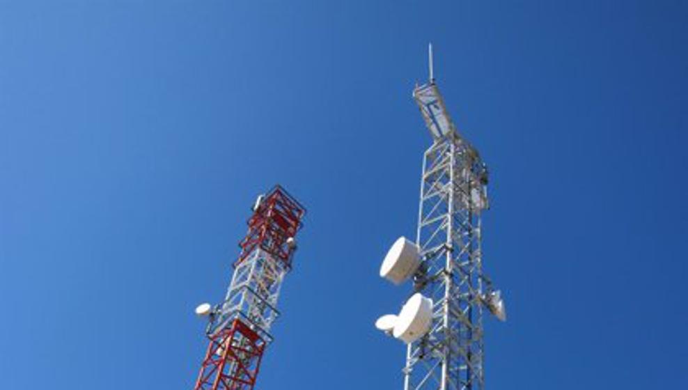 El PSOE rechaza la antena de telefonía móvil que permanecerá instalada durante al menos 15 años