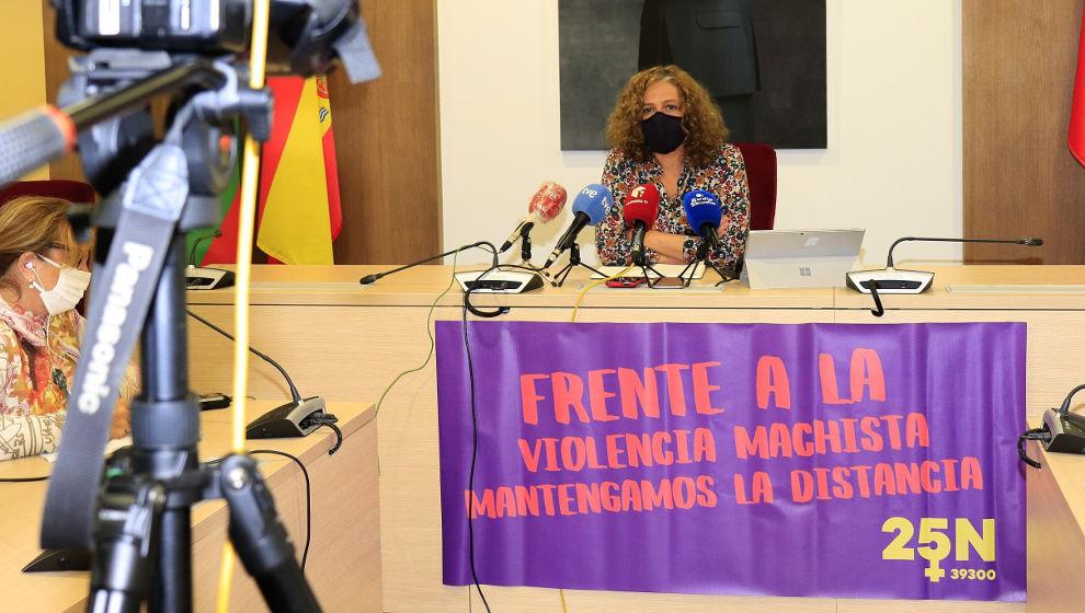 La capital del Besaya celebrará de forma virtual el Día de la Violencia contra la Mujer