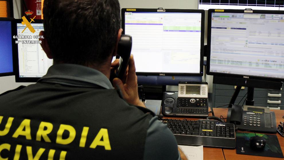 Tres detenidos por estafas a través de Internet de más de 1.700 euros