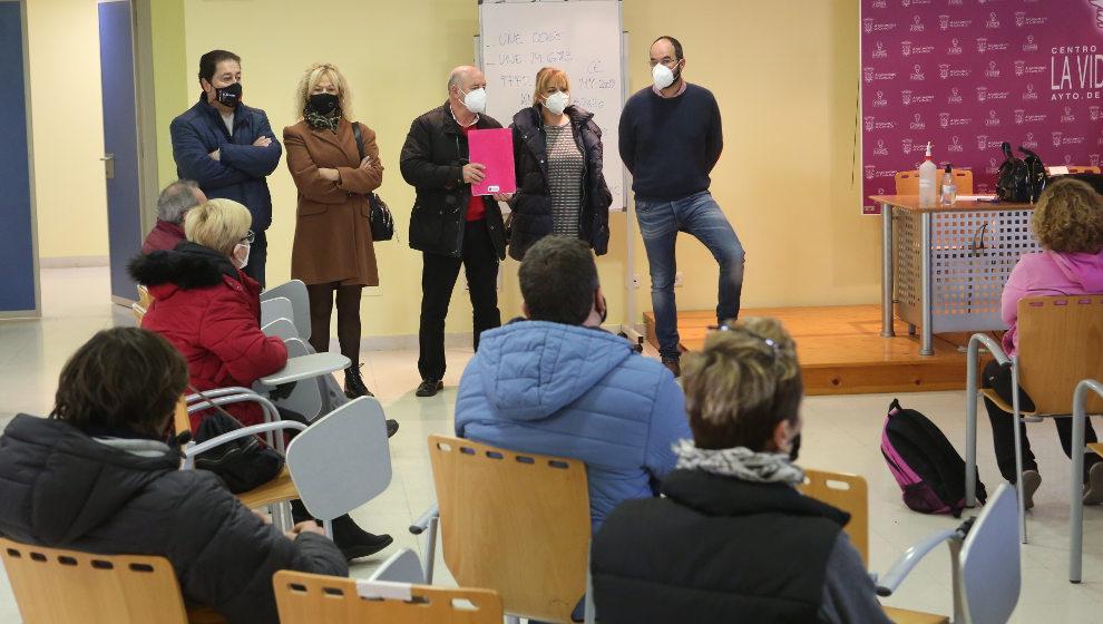 El Ayuntamiento recibe a los 43 trabajadores de la segunda fase de las Corporaciones Locales