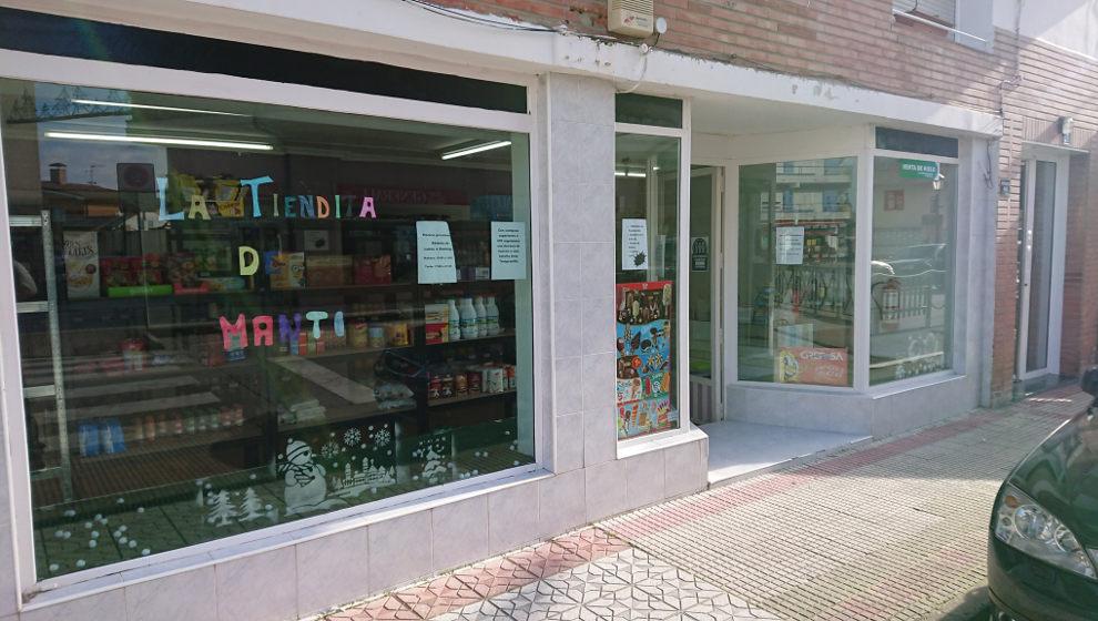 La solidaridad hace viral una pequeña tienda de Colindres recién abierta