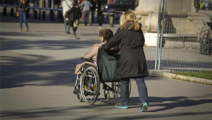 Un ERE en el servicio de ayuda a domicilio podría despedir a 37 trabajadoras