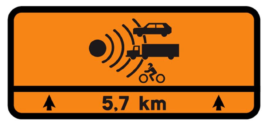 Nueva señalización de la DGT para avisar de controles de radar durante un tramo