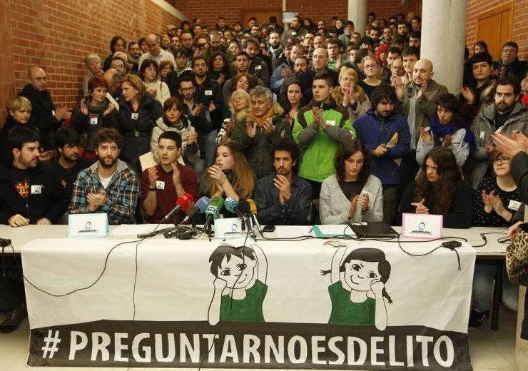 Rueda de prensa celebrada en la UC en apoyo a los nueve acusados