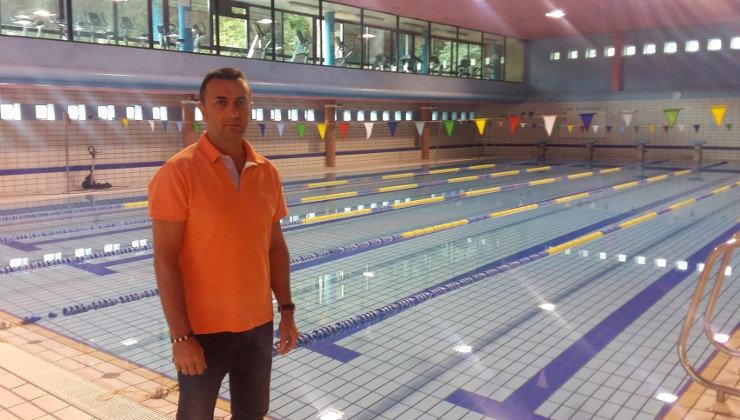 Las obras del techo de la piscina cubierta de la for Techo piscina cubierta