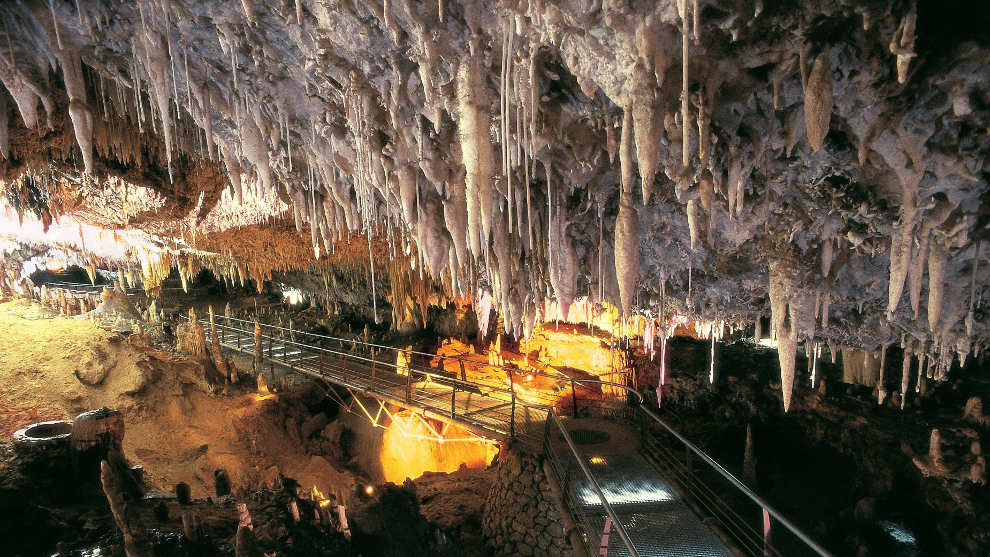 Resultado de imagen de Cueva El Soplao