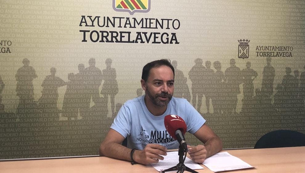 """ACpT denuncia el """"nefasto"""" trato telefónico del Ayuntamiento"""