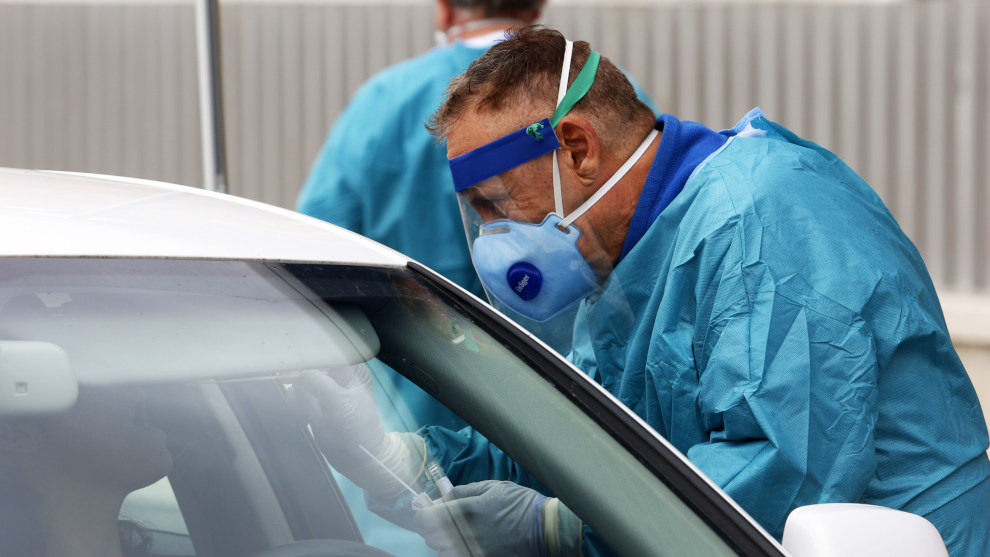 Los casos continúan subiendo en Cantabria, con 198 nuevos positivos y una víctima más