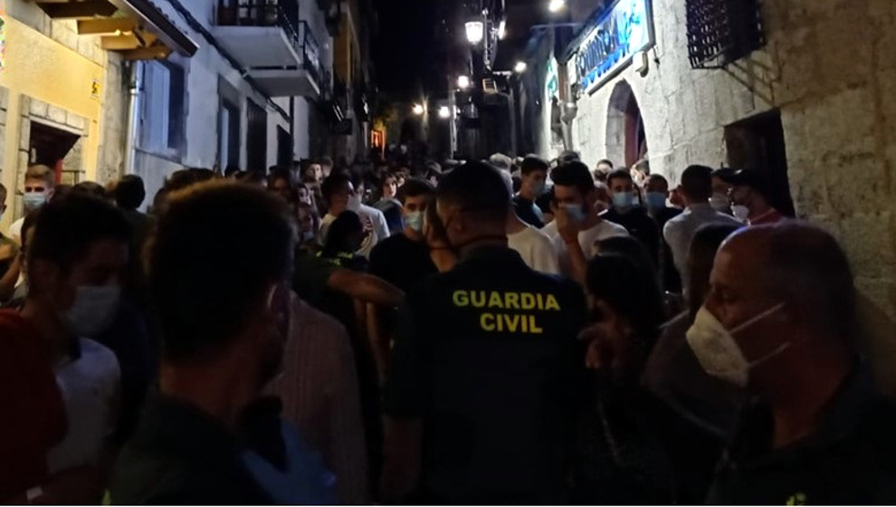 La Guardia Civil vigila que se cumplan las normas en Laredo | Foto: Guardia Civil