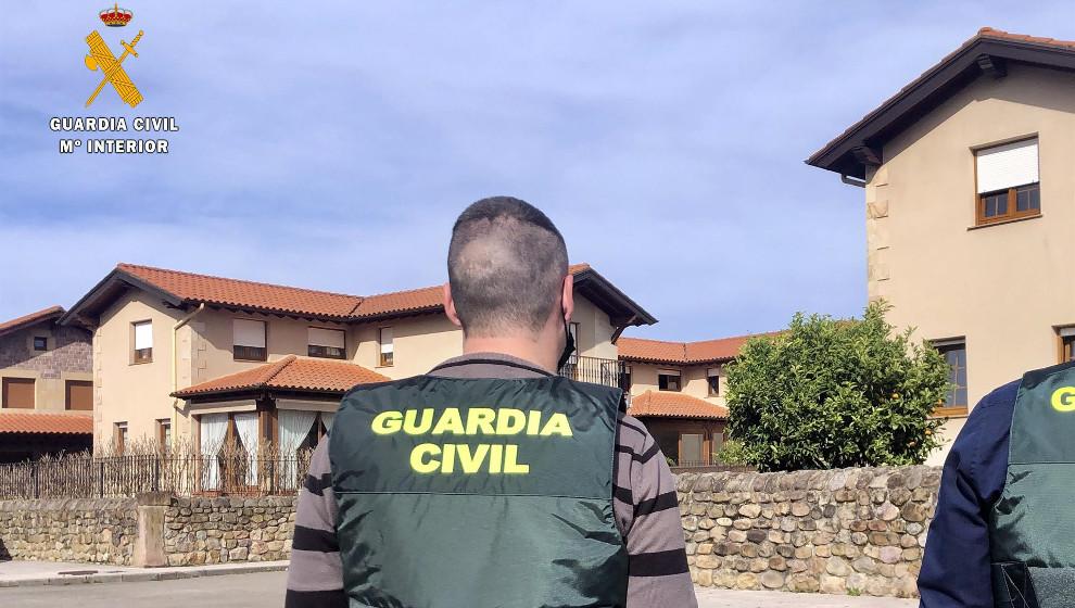 Detenidos dos menores por ocho robos con fuerza en viviendas de Cabezón de la Sal